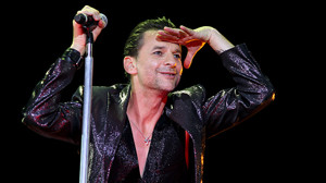 depeCHe MODE - Live In Budapest 2009 - Dave Gahan