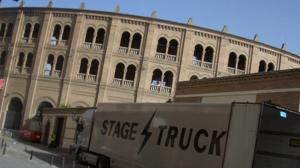 plaza+stage truck